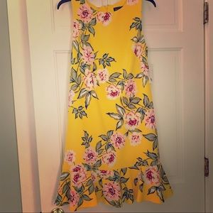 Jessica Howard NWT Yellow Floral Dress